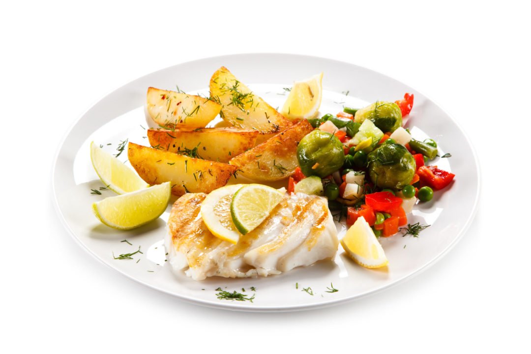 A HEALTHIER FISH & CHIPS with MUSHY PEAS & TARTARE SAUCE